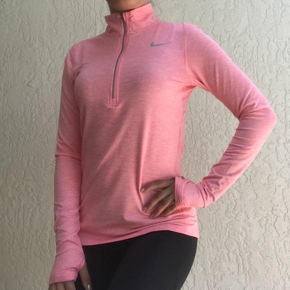 62a10d64 Nike Dri-FIT Element Women's Long Sleeve Half-Zip.  M_5b6c70645a9d216246e99315